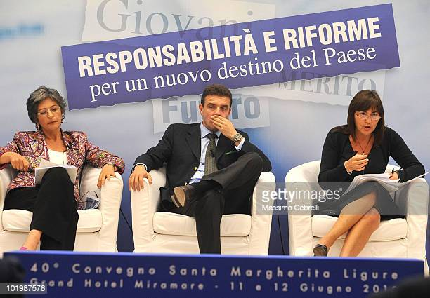 President of PD Senate group Anna Finocchiaro President of Regione Piemonte Roberto Cota and President of Regione Lazio Renata Polverini gives a...