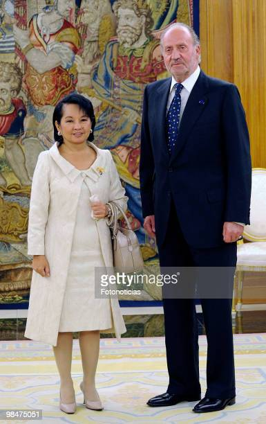 President of Philippines Gloria Macapagal Arroyo and King Juan Carlos of Spain pose for photographers during 'Don Quijote De La Mancha' International...