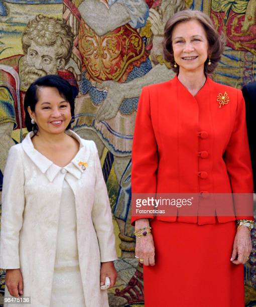 President of Philippines Gloria Macapagal Arroyo and Queen Sofia of Spain pose for photographers during 'Don Quijote De La Mancha' International...