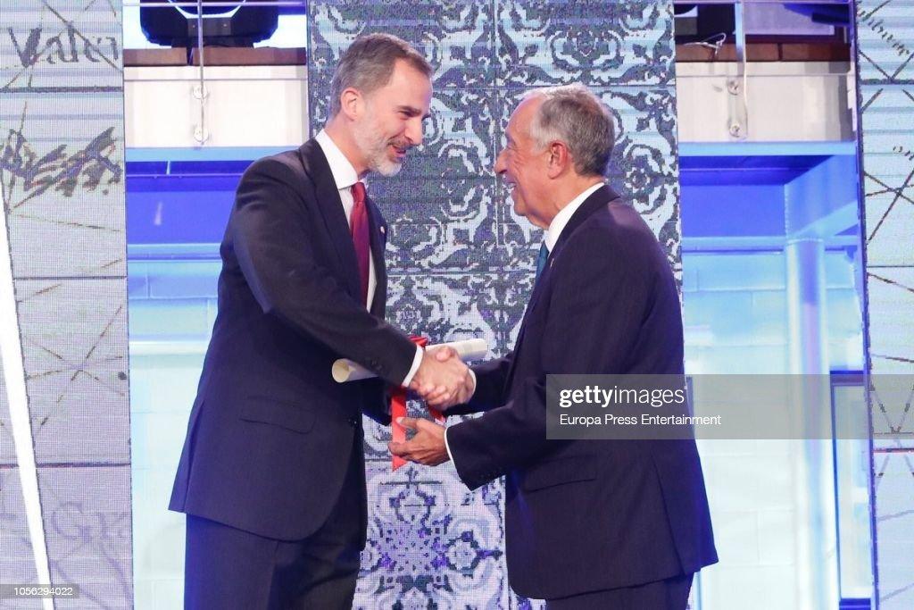 Marcelo Rebelo de Sousa Receives Fernandez Latorre Award : News Photo