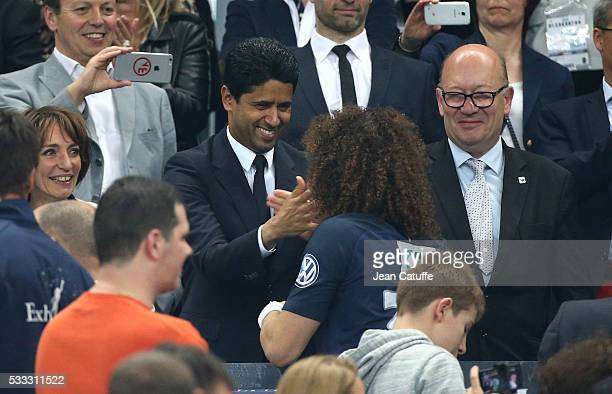 President of PSG Nasser AlKhelaifi greets David Luiz of PSG during the trophy ceremony following the French Cup Final match between Paris...