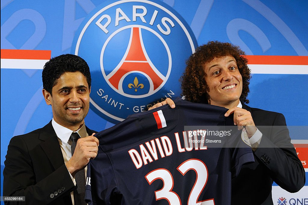 David Luiz Press Conference in Paris : News Photo