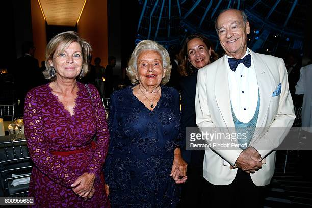 President of Reunion des Musees Nationaux Sylvie Aubac Bernadette Chirac Anne Barrere and Prince Amyn Aga Khan attend the 28th Biennale des...