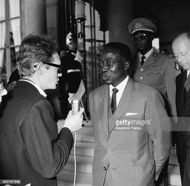 President of Senegal Léopold Sédar Senghor leaves the Elysée Palace after meeting with General de Gaulle on May 27, 1963 in Paris, France.