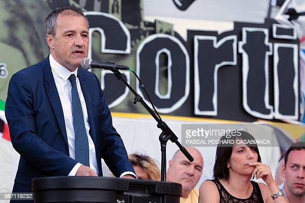 President of the Corsican assembly Jean Guy Talamoni gives a speech during at the end of the Ghjurnate Internaziunale di Corti on August 7 2016 in...