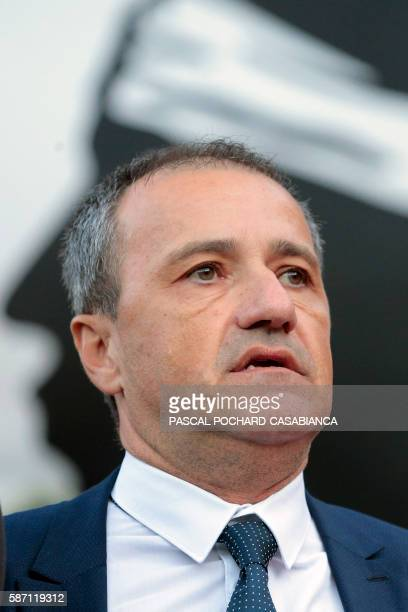 President of the Corsican assembly Jean Guy Talamoni sings the Corsican hymn at the end of the Ghjurnate Internaziunale di Corti on August 7 2016 in...