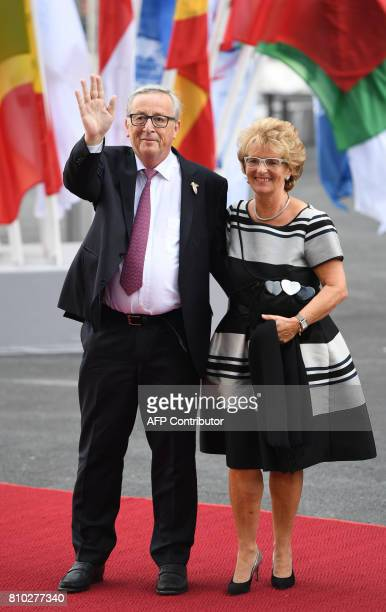 President of the European Commission JeanClaude Juncker and his wife Christiane Frising arrive for a concert at the Elbphilharmonie concert hall...