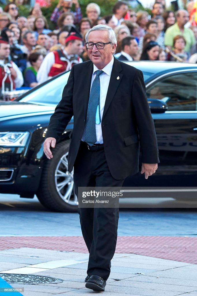 President of the European Commission Jean-Claude Juncker attends the Princesa de Asturias Awards 2017 ceremony at the Campoamor Theater on October 20, 2017 in Oviedo, Spain.
