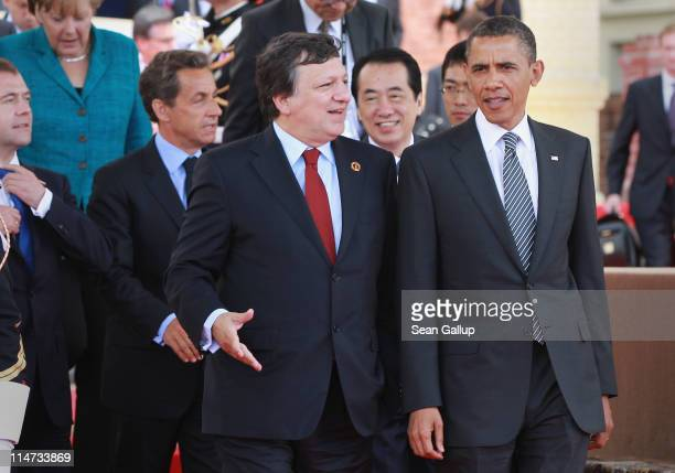 President of the European Commission Jose Manuel Barroso chats with US President Barack Obama as Russian President Dmitry Medvedev German Chancellor...