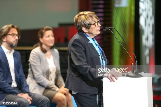 President of the French League against cancer Jacqueline Godet and French Minister for Solidarity and Health Agnes Buzyn take part in the gala...