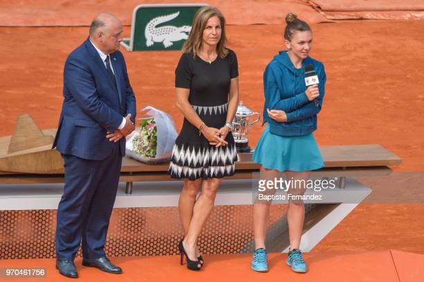 President of the French Tennis Federation Bernard Giudicelli former Tennis player Arantxa Sanchez and Simona Halep of Romania during Day 14 of the...