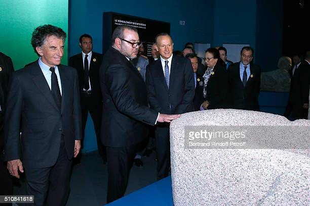 President of the 'Institut du Monde Arabe' Jack Lang King Mohammed VI of Morocco and Curator of the exhibition Franck Goddio visit the 'Osiris...