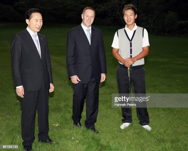President of the Republic of Korea Lee Myungbak and New Zealand Prime Minister John Key meet with Koreanborn New Zealand golfer Danny Lee at...