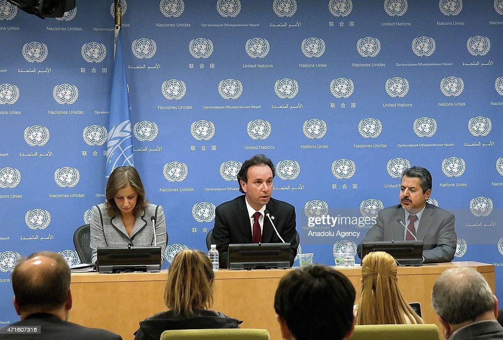 Khalid Khoja, Najib Ghadbian and Alia Mansour in New York : News Photo