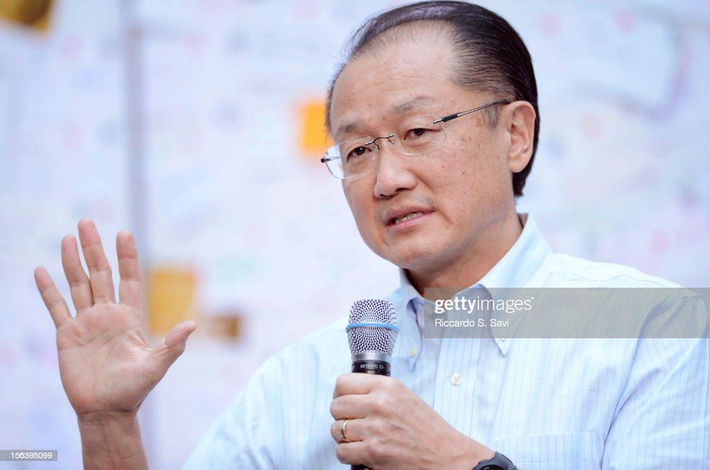 President of the World Bank Jim Yong Kim speaks at the World Bank on November 14, 2012 in Washington, DC.