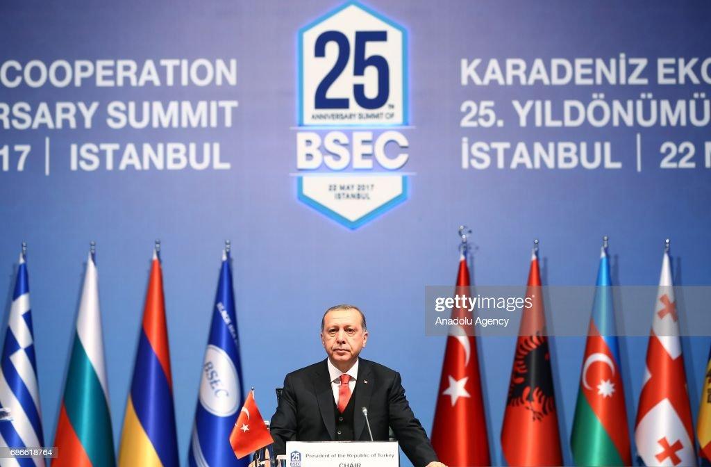 summit 25th anniversary