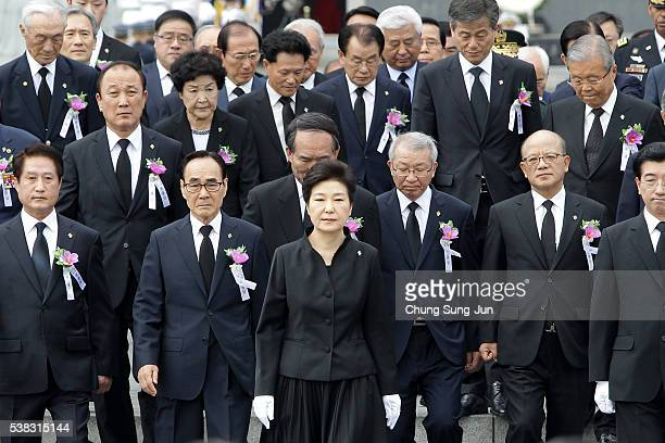 President Park Geun-Hye of South Korea attends the ceremony marking Korean Memorial Day at the Seoul National cemetery on June 6, 2016 in Seoul,...