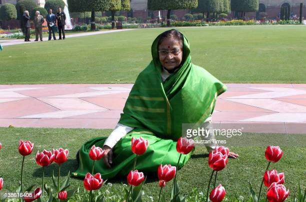 President Pratibha Patil in Mughal Garden at Rashtrapati Bhawan during a press preview of the garden on February 9 2012 in New Delhi IndiaMughal...