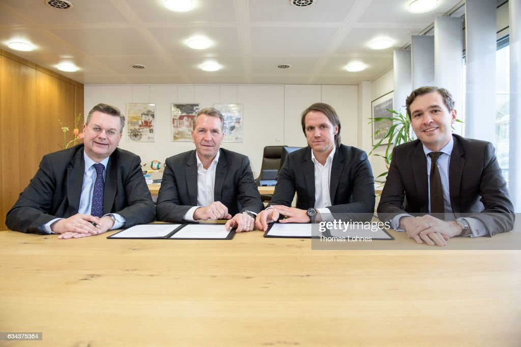 DFB Renews Contract : News Photo