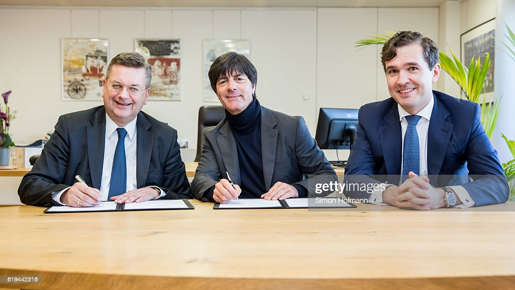 DFB - Press Conference : News Photo