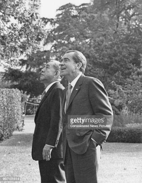 US President Richard Nixon and Japanese Prime Minister Eisaku Sato in the rose garden of the White House during talks in Washington DC 24th October...