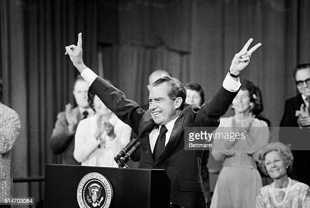 President Richard Nixon gives the 'V' sign to an audience at the Phoenix Coliseum before a speech