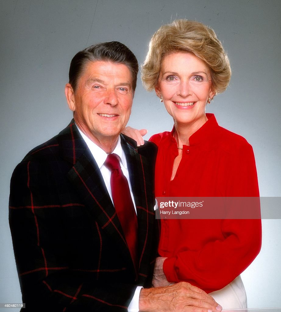 Ronald And Nancy Reagan Portrait Session : News Photo
