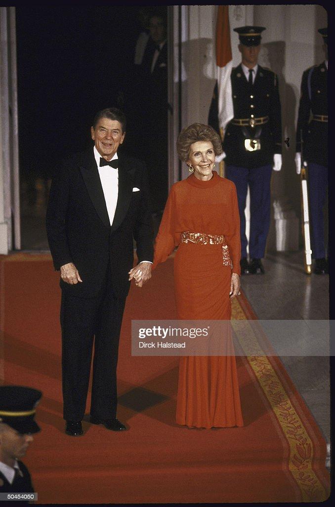 Ronald W. Reagan [& Wife #2] : News Photo