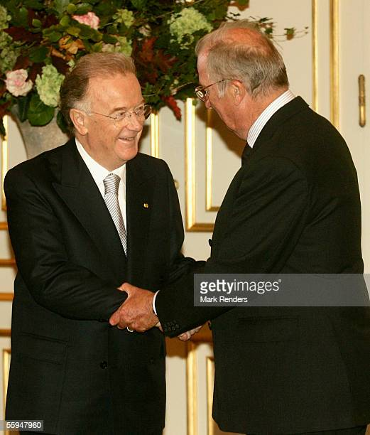 President Sampaio and King Albert pose for the official photo at the Royal Palace on October 18 2005 in Brussels The President of the Portuguese...
