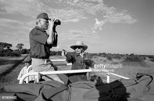 President William Clinton and First Lady Hillary Rodham Clinton on safari on March 30 1998 at the Chobe National Park in Kasane Botswana CREDIT MUST...