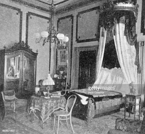 President William McKinley's state bedroom at the White House 1901 McKinley 25th President of USA from 1896 was shot by an anarchist Leon Czolgosz at...