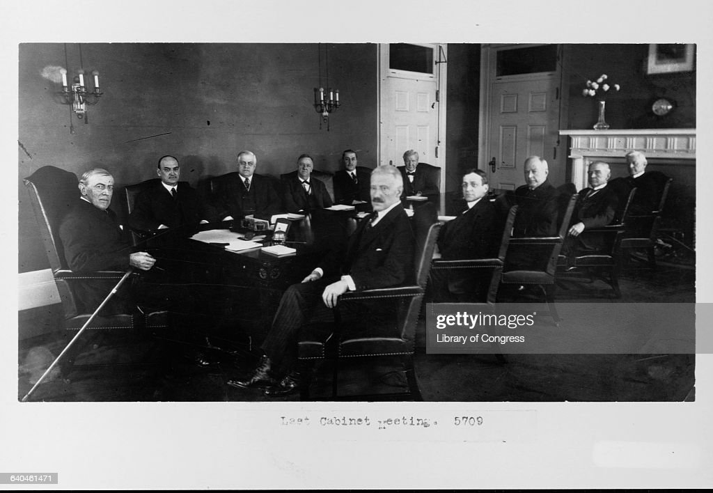 Woodrow Wilson Meets With His Cabinet News Photo
