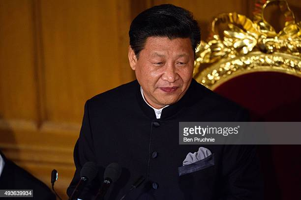 President Xi Jinping of the People's Republic of China speaks during the Lord Mayors banquet at The Guildhall on October 21 2015 in London England Xi...
