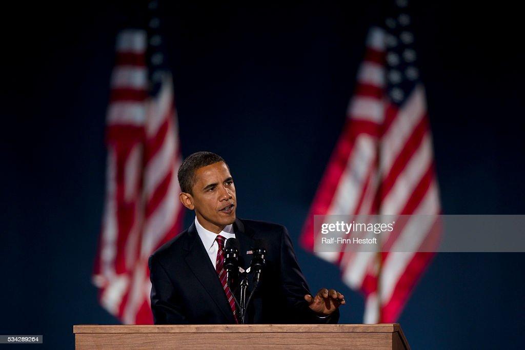 USA - 2008 Presidential Election - Barack Obama Elected President : News Photo