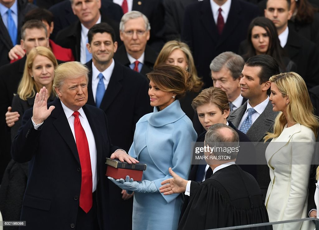 US-POLITICS-TRUMP-INAUGURATION-SWEARING IN : News Photo