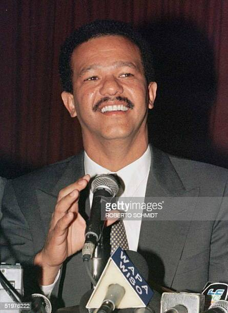 PresidentElect of the Dominican Republic Leonel Fernandez of the Dominican Liberation Party smiles during a press conference 01 July in Santo Domingo...