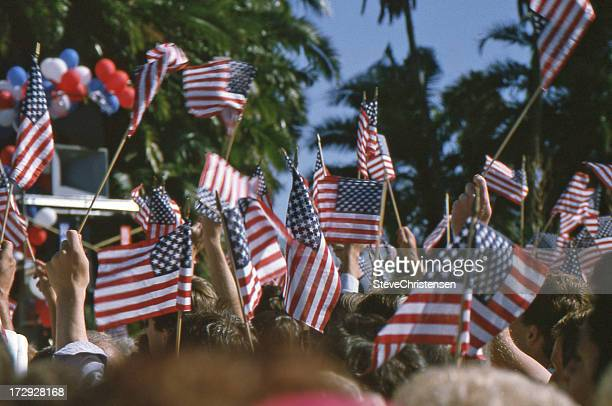 presidential campaign trail - political party stock pictures, royalty-free photos & images