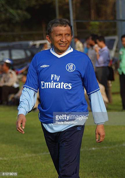 Presidential candidate Amien Rais shows off his goal keeping talents during a friendly soccer match between Amien's party the National Mandate Party...