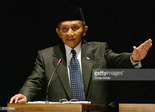 Presidential candidate Amien Rais speaks during presidential dialogue on June 30 in Jakarta Indonesia On Wednesday's dialogue two presidential...