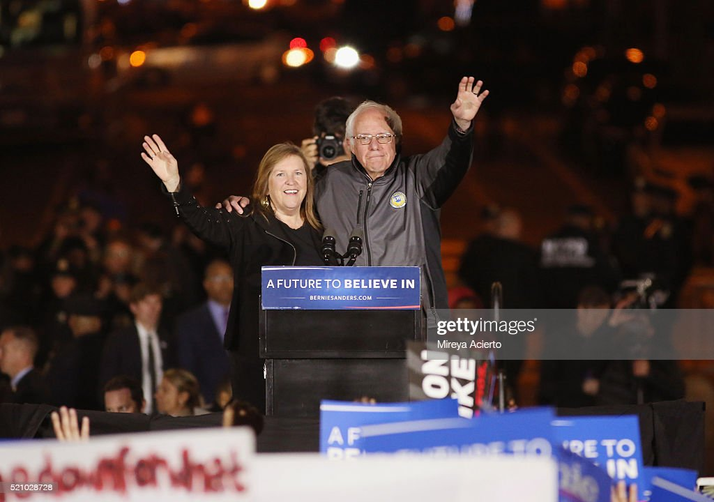 Presidential candidate Bernie Sanders (R) and his wife Jane OÕMeara Sanders (L) attend the Bernie Sanders rally in Washington Square Park on April 13, 2016 in New York City.
