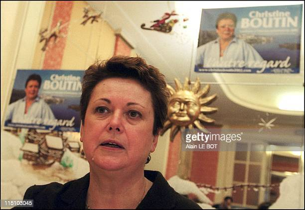 Presidential candidate Christine Boutin starts campaign in Nantes France on February 04 2002 Press conference