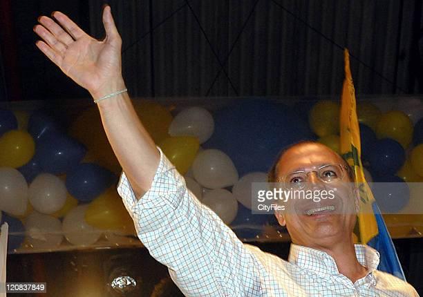 Presidential candidate Geraldo Alckmin campaigns at Porto Alegre According to recent projections Alckmin wouldn't be far then the 30% on the second...