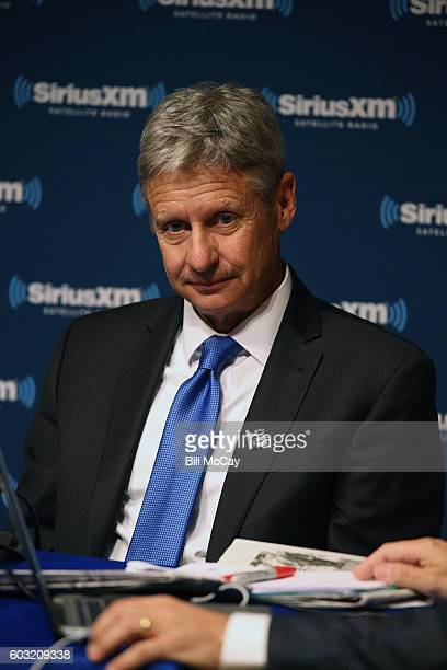 Presidential Candidate Governor Gary Johnson and Michael Smerconish attends the SiriusXM Libertarian Presidential Forum at the National Constitution...