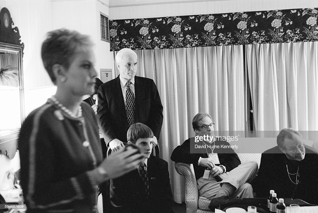 John McCain, Cindy McCain, and Mike Murphy Anticipating Results of the New Hampshire Primary : News Photo