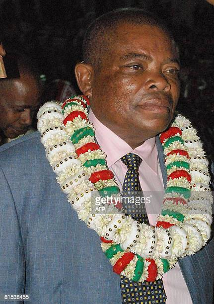 Presidential candidate Muhamed Djafari arrives for a campaign rally on June 12 2008 in Pomoni some 56 kms south of Anjouan The head of the Comoran...