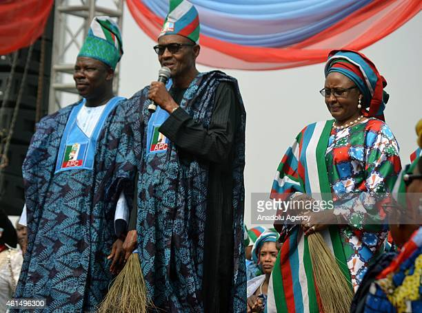 Presidential candidate of Nigeria's main opposition party the All Progressives Congress General Muhammadu Buhari Ogun State's governor Ibikunle...