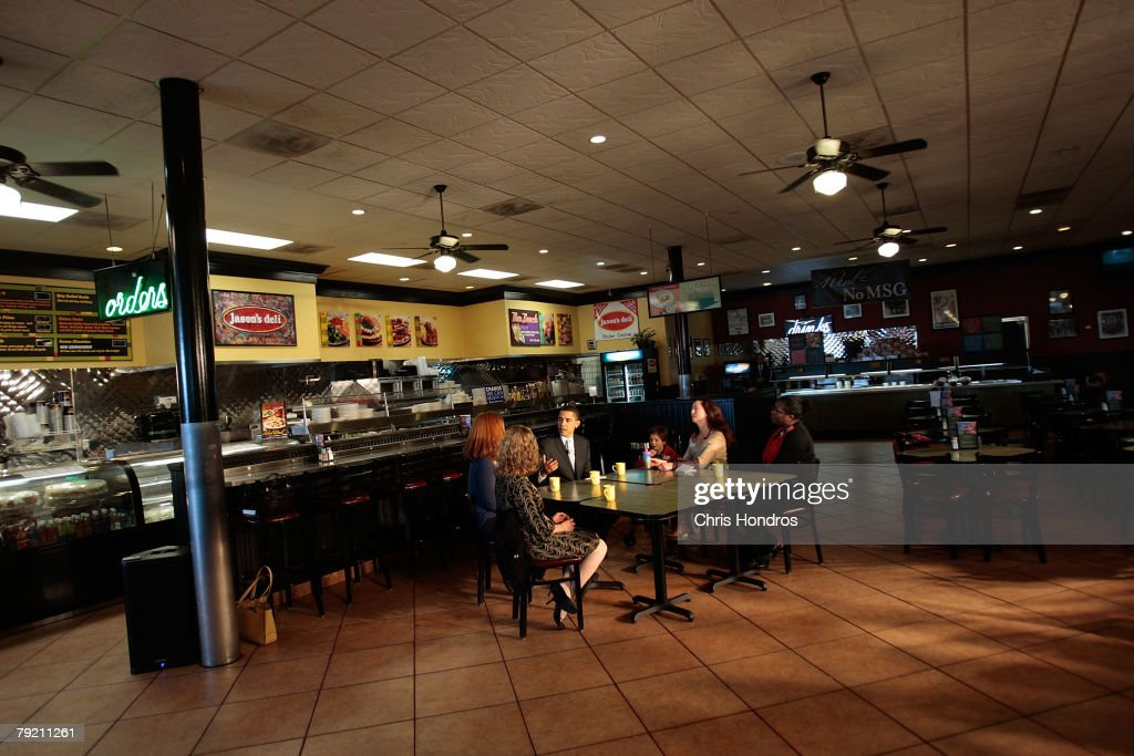 Presidential candidate U.S. Sen. Barack Obama (D-IL) holds a roundtable discussion on women's issues in an empty local restaurant January 25, 2008 in Charleston, South Carolina. Obama is keeping a furious shedule ahead of the South Carolina primary on January 26.