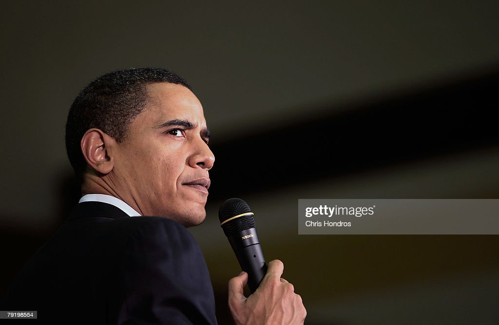 Presidential candidate, U.S. Sen. Barack Obama (D-IL), speaks in a high school gymnasium January 24, 2008 in Kingstree, South Carolina. Obama is keeping a furious shedule ahead of the South Carolina primary on January 26.