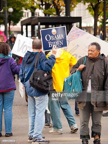 2008 presidential elections - obama supporters - amerikaanse presidentsverkiezingen stockfoto's en -beelden