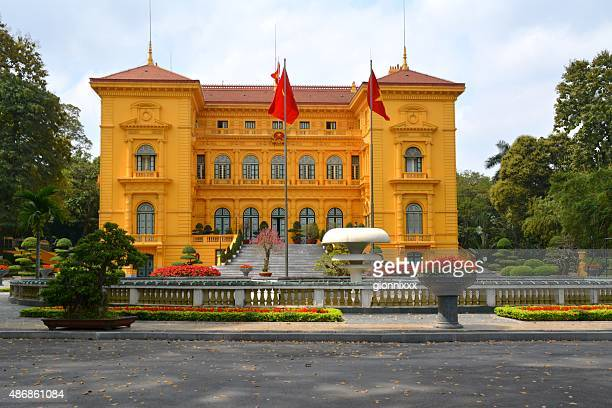 presidential palace in hanoi, vietnam - presidential palace stock pictures, royalty-free photos & images
